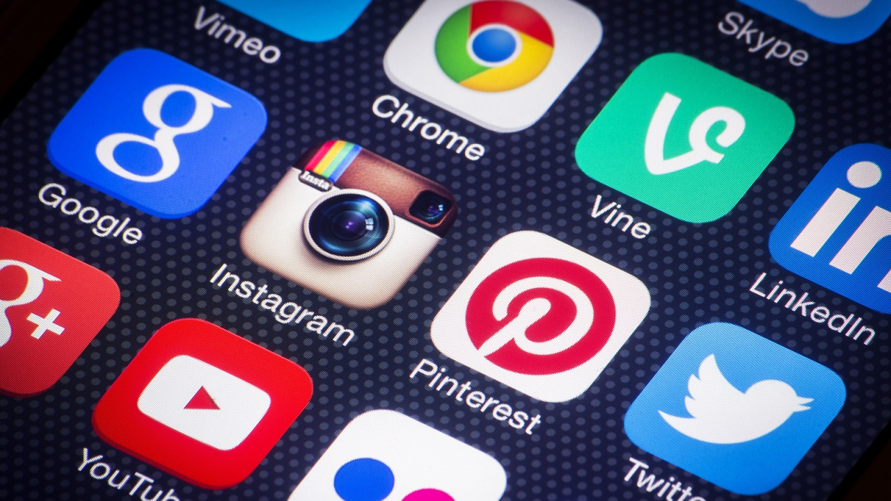 Influence utilisateurs reseaux sociaux